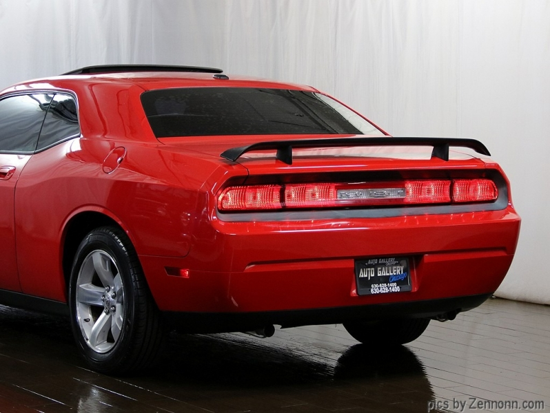 Dodge Challenger 2009 price $12,990