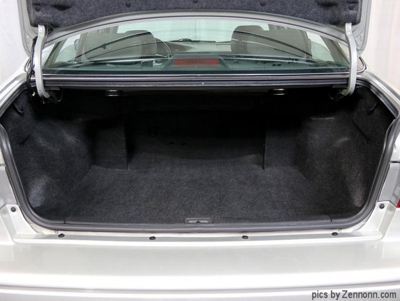Toyota Camry 2001 price $3,990