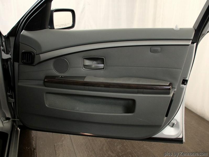 BMW 7-Series 2007 price $7,990