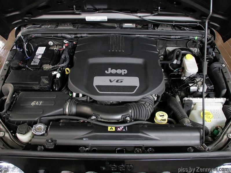 Jeep Wrangler Unlimited 2016 price $26,990