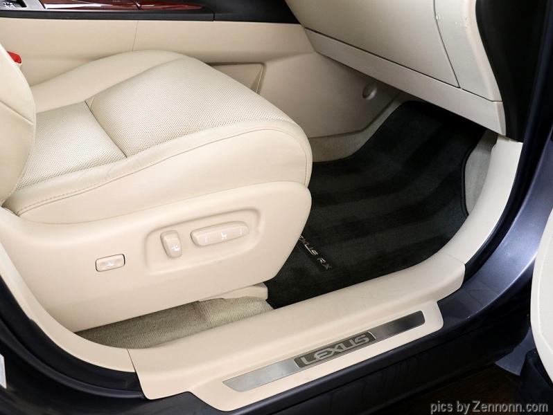 Lexus RX 350 2012 price $15,990