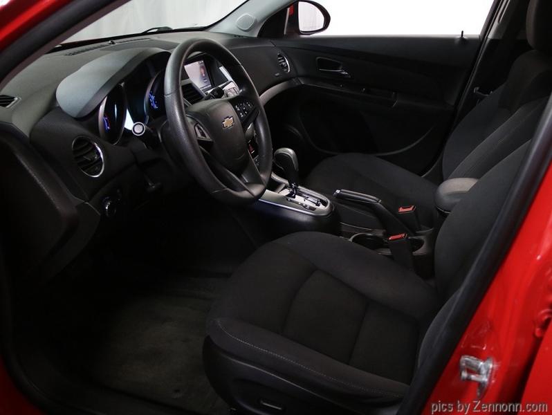 Chevrolet Cruze 2015 price $7,890