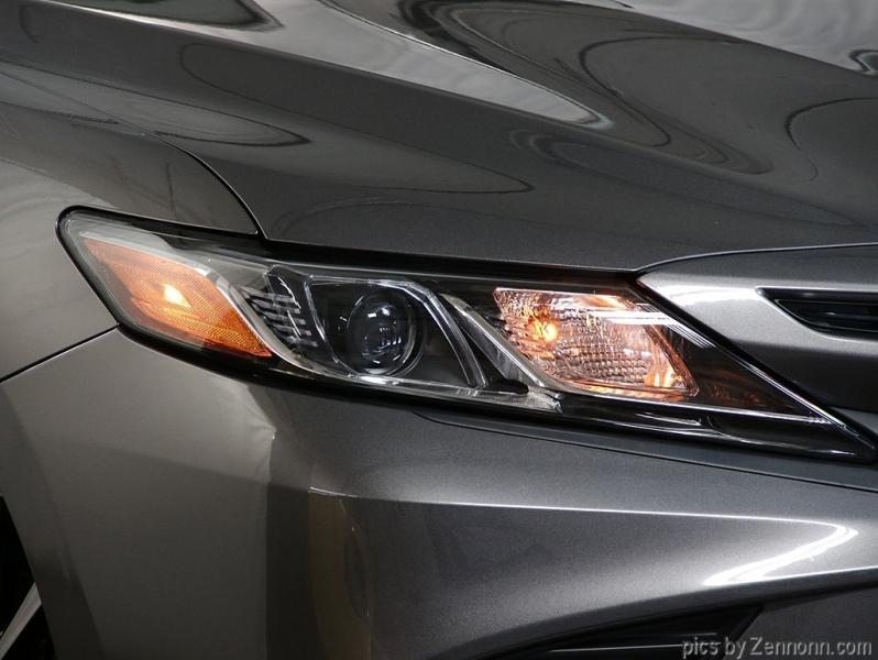 Toyota Camry 2018 price $18,990
