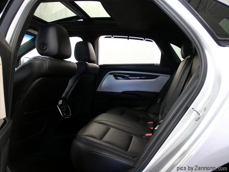 Cadillac XTS 2016 price $26,990