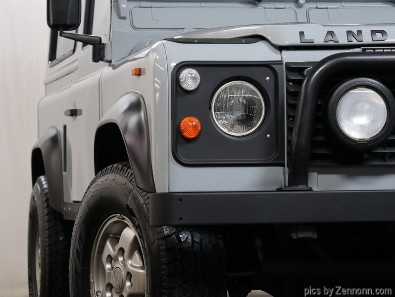Land Rover Defender 1993 price $54,990