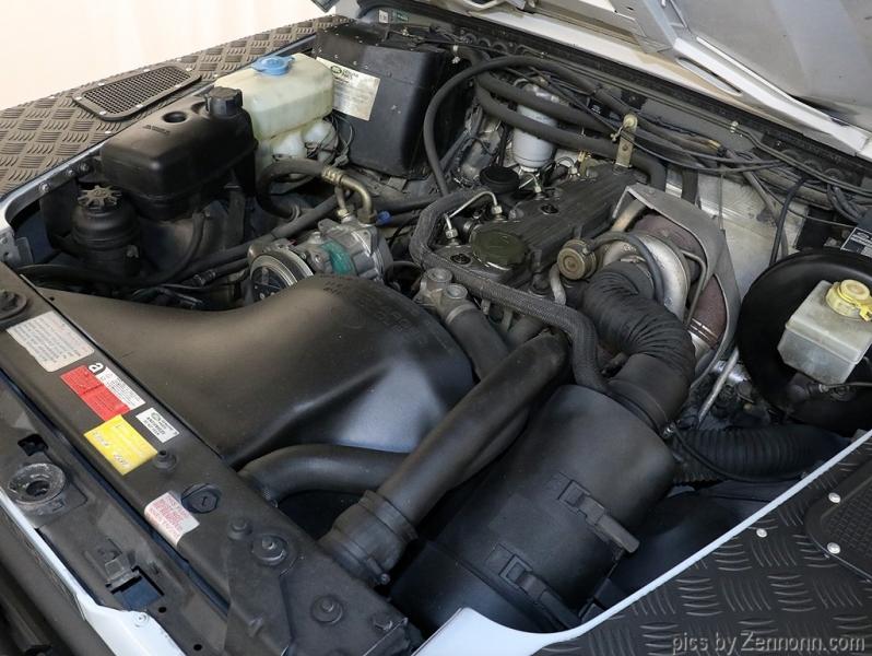 Land Rover Defender 1993 price $54,990
