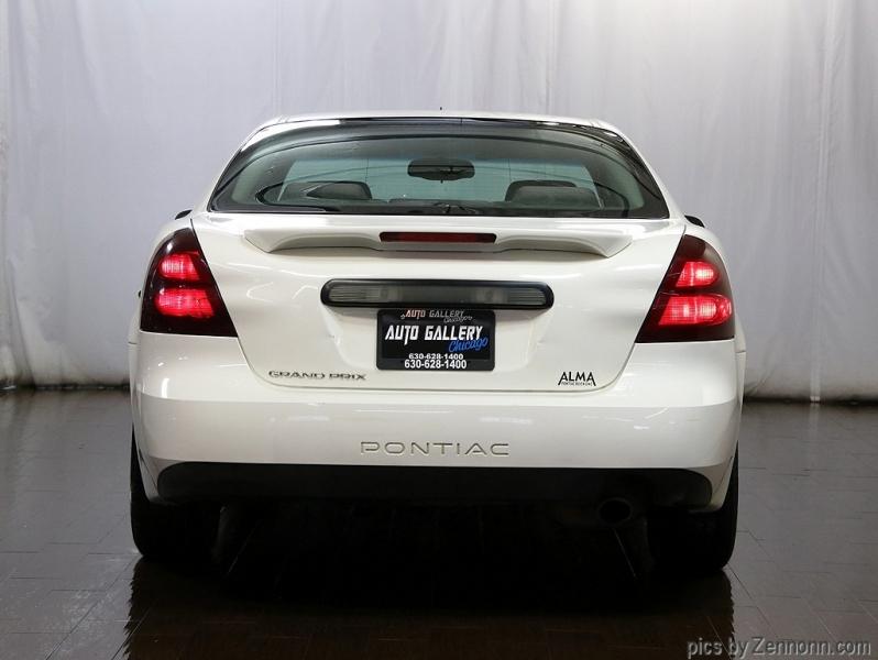 Pontiac Grand Prix 2005 price $2,990