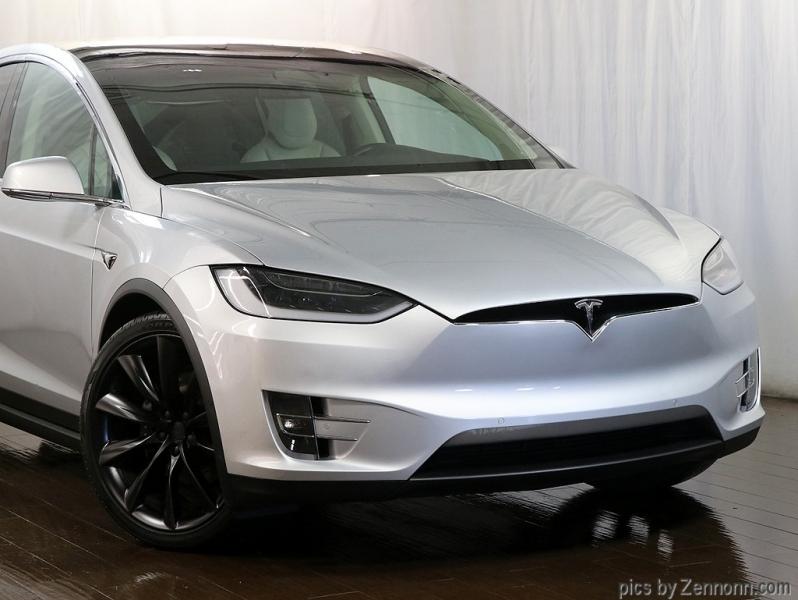 Tesla Model X 2018 price $76,990