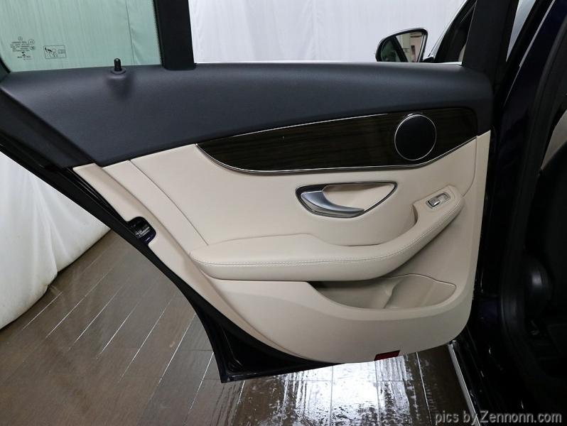 Mercedes-Benz C-Class 2017 price $25,990