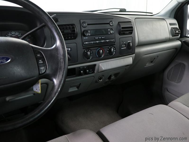 Ford Super Duty F-350 SRW 2006 price $9,990
