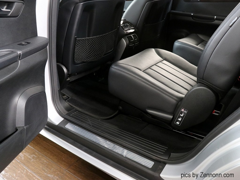 Mercedes-Benz R350 2010 price $10,990