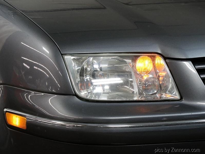 Volkswagen Jetta Sedan 2005 price $2,490