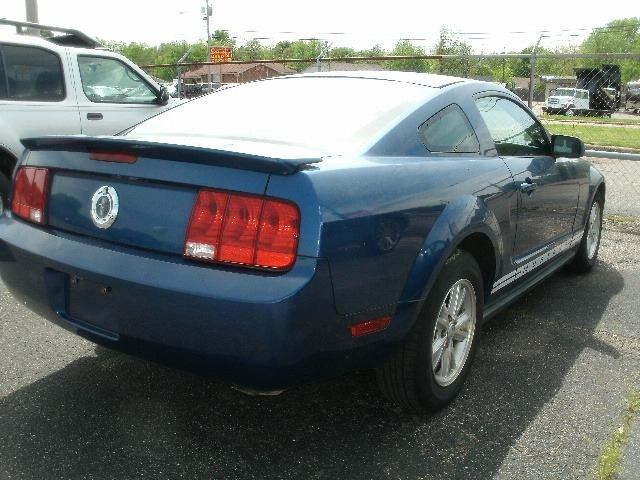 Ford Mustang 2008 price $6,500 Cash