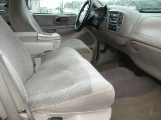 Ford F-150 2000 price $5,500 Cash