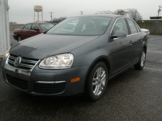 Volkswagen Jetta Sedan 2006 price $4,500 Cash