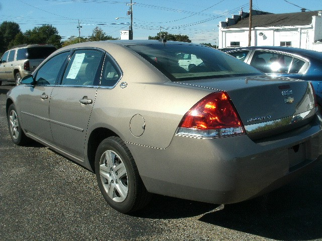 Chevrolet Impala 2006 price $4,500 Cash