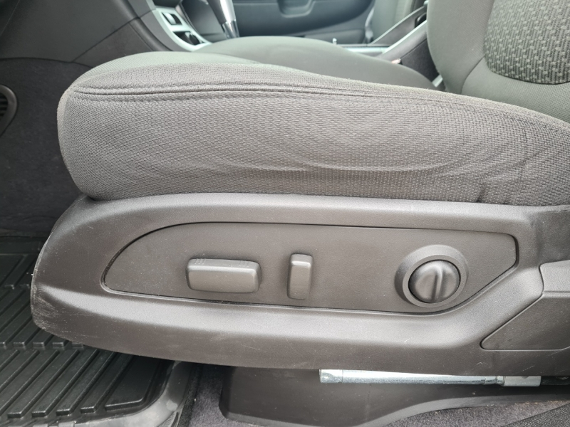 Chevrolet Traverse 2011 price $7,999