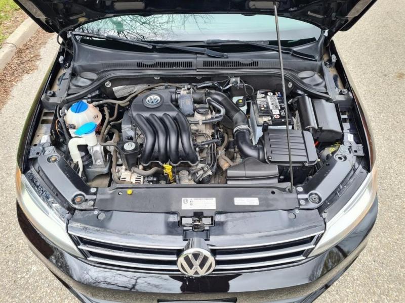 Volkswagen Jetta 2015 price $9,150