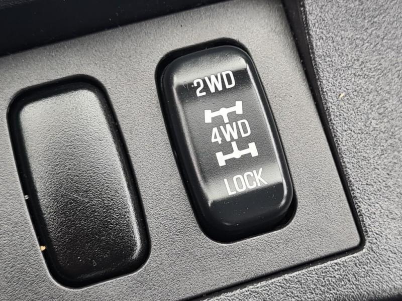 Mitsubishi Lancer 2012 price $7,150