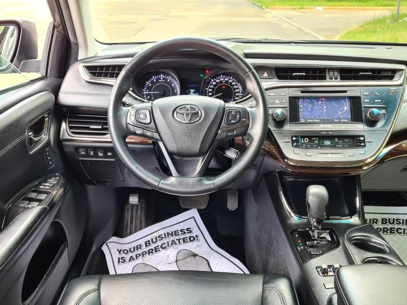 Toyota Avalon 2014 price $15,999
