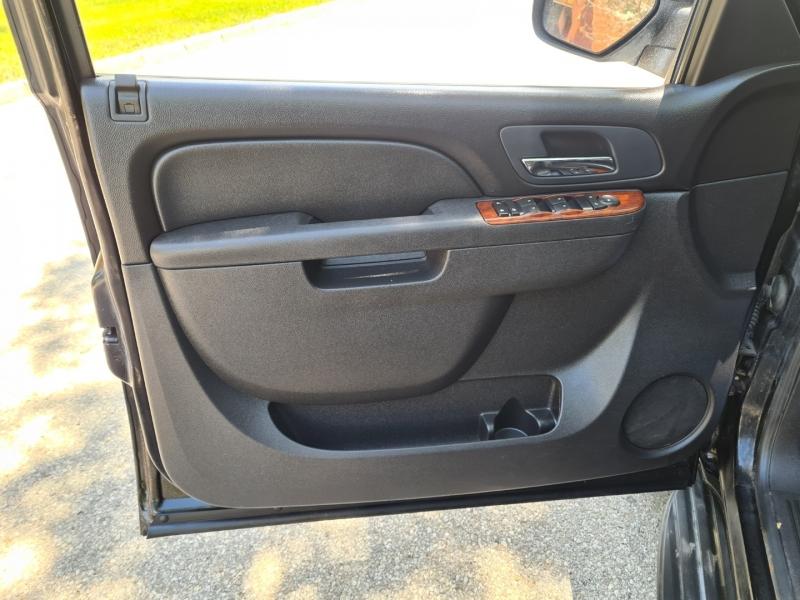 GMC Yukon 2011 price $12,750