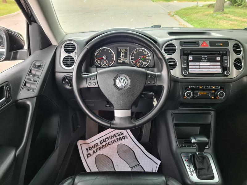 Volkswagen Tiguan 2010 price $8,450