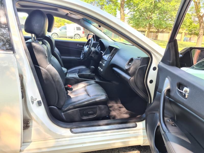 Nissan Maxima 2012 price $11,150