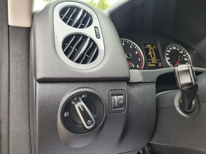 Volkswagen Tiguan 2014 price $10,999