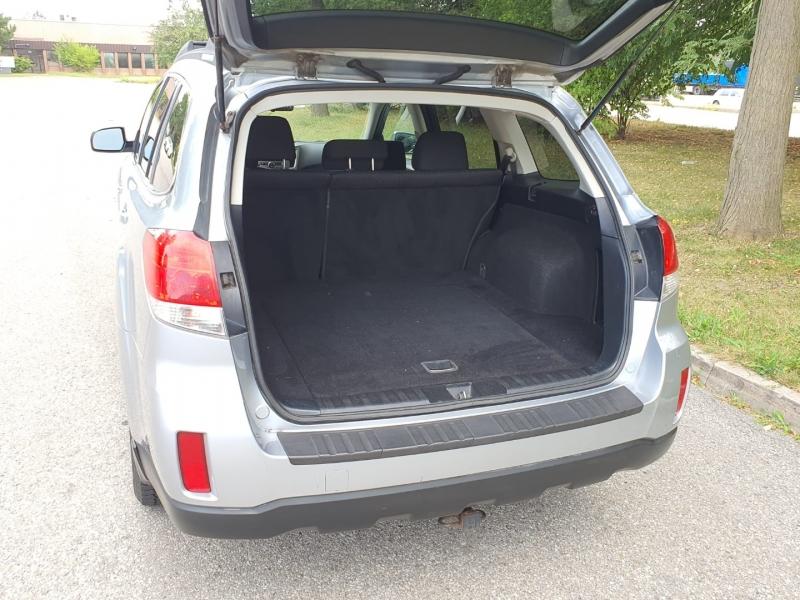Subaru Outback 2012 price $8,150