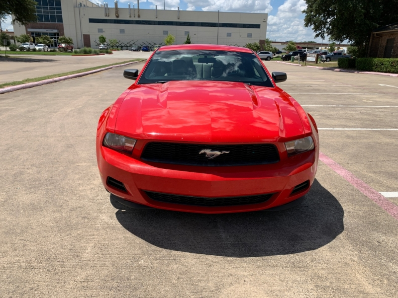 Ford Mustang 2012 price $9,300
