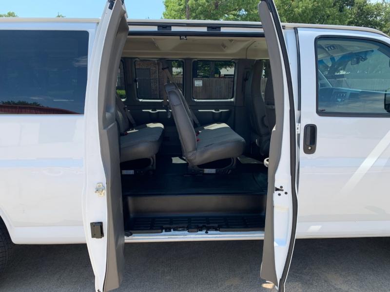 GMC Savana Passenger 2018 price $16,900