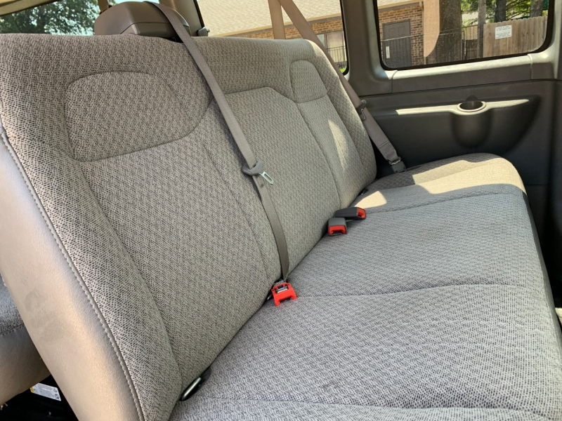 GMC Savana Passenger 2018 price $16,800