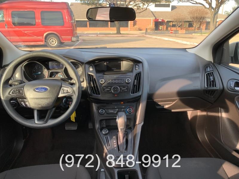 Ford Focus 2017 price $12,500