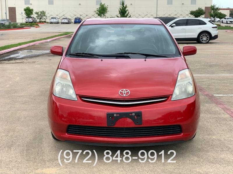 Toyota Prius 2009 price $9,000