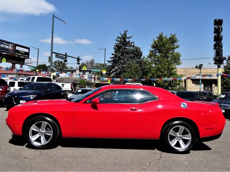 Dodge Challenger 2016 price $20,800