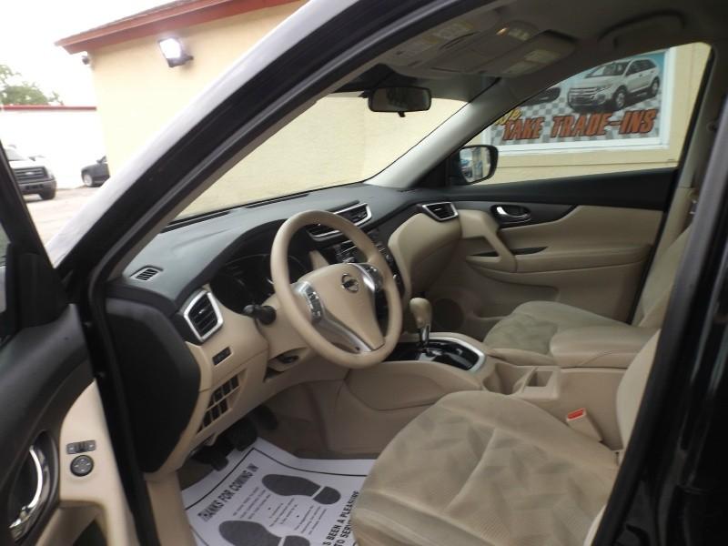Nissan Rogue 2014 price $10,990