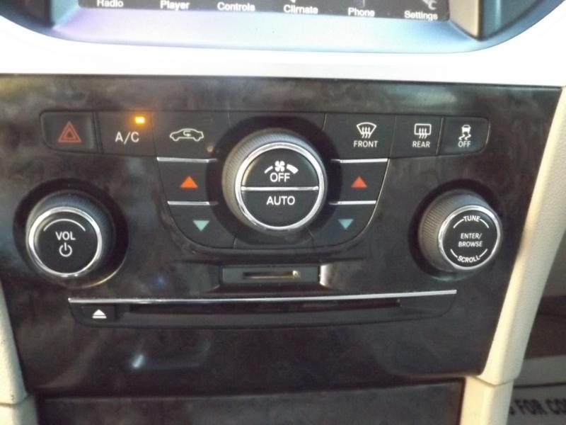 Chrysler 300 2012 price $10,990