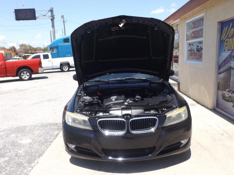 BMW 3-Series 2011 price $8,990