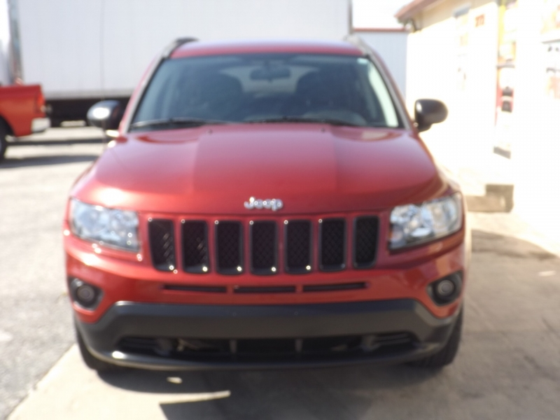 Jeep Compass 2013 price $9,990