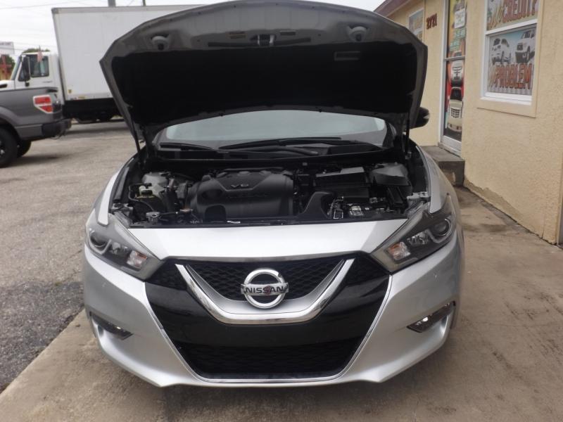 Nissan Maxima 2018 price $25,990