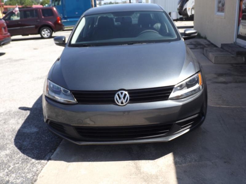 Volkswagen Jetta Sedan 2011 price $7,990