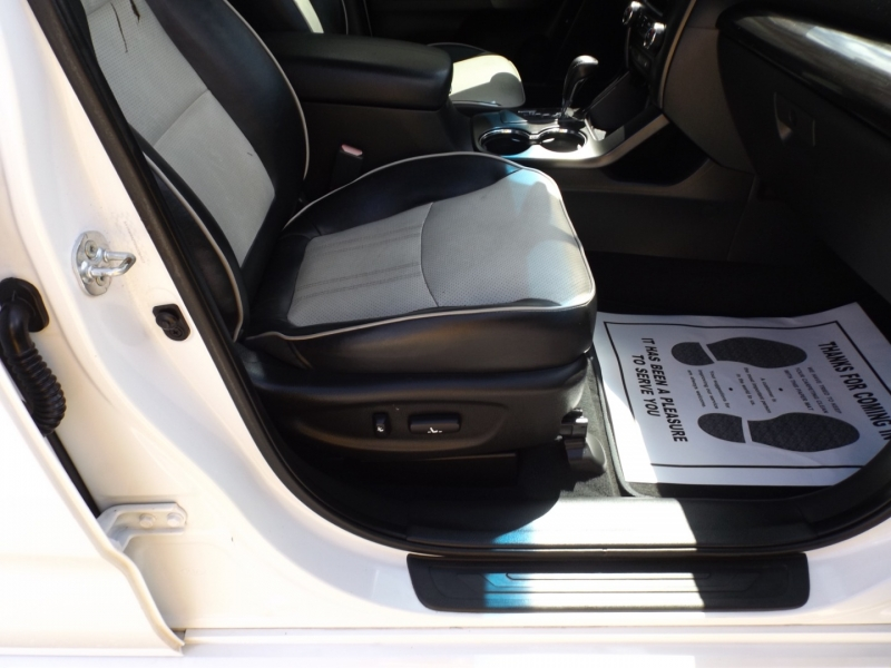 Kia Sorento 2013 price $10,990
