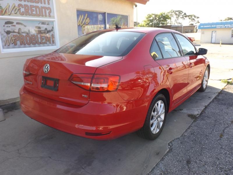 Volkswagen Jetta Sedan 2015 price $8,990
