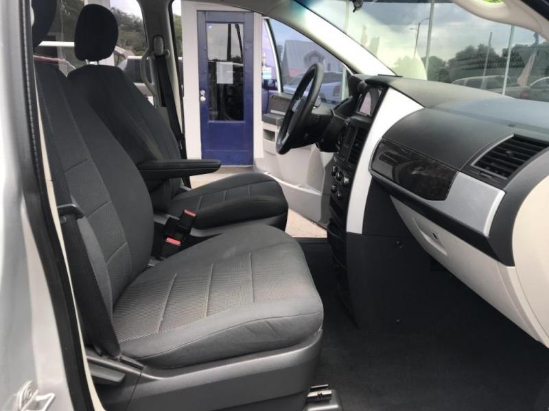 Dodge Grand Caravan 2009 price $7,485