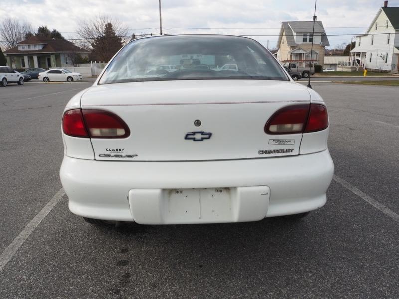 Chevrolet Cavalier 1998 price $1,995