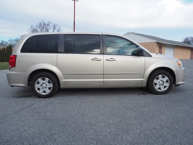 Dodge Grand Caravan 2012 price $5,795