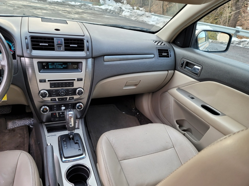 Ford Fusion 2010 price $4,295