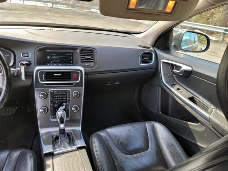 Volvo S60 2014 price $10,995