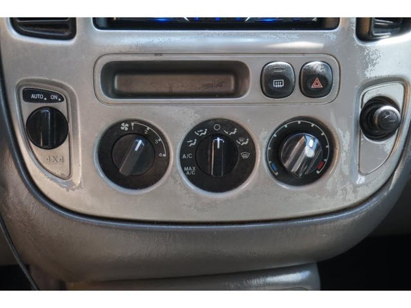 Ford Escape 2003 price $2,795