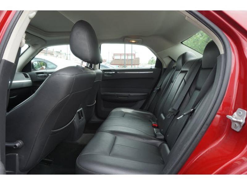 Chrysler 300 2008 price $4,995